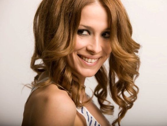 Стилот на македонската поп дива Каролина Гочева