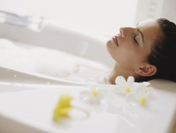 Релаксирајте се во детоксицирачка бања