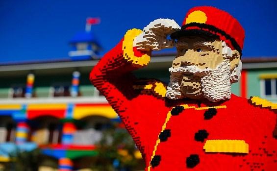 """Хотел за љубителите на коцките """"Лего"""""""