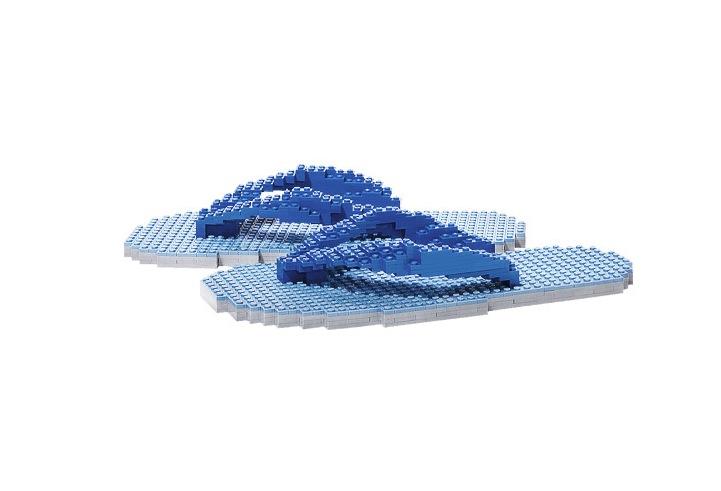 Можете ли да ги пронајдете Лего коцките во фотографииве?