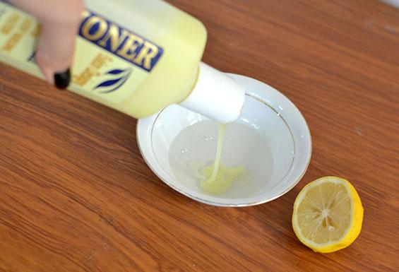 Како да ја осветлите косата со лимон?