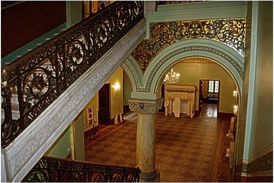Дворецот Пелеш - феноменална архитектура сместена во прекрасна природа