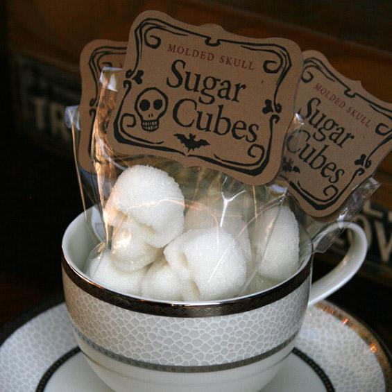 (11) Коски и черепи за послатко утринско кафенце