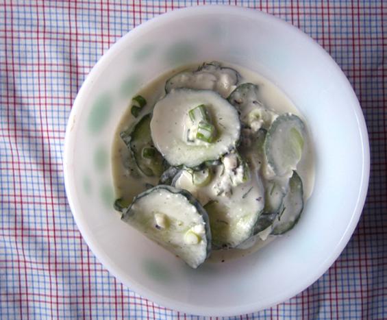 Крем-салата со свежи краставици