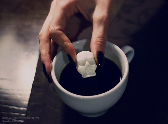 (8) Коски и черепи за послатко утринско кафенце