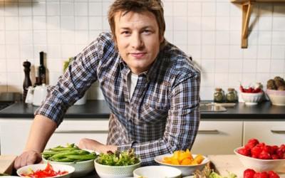 Џејми Оливер ве мотивира да готвите и да се храните здраво