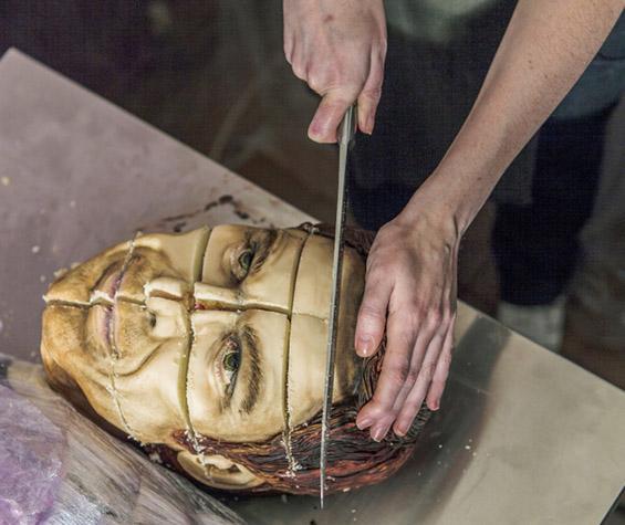 (5) Торта во чест на Декстер - да ти е  страв да ја пробаш :)