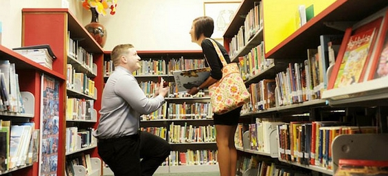 Ја запросил со оригинална романтична детска сликовница