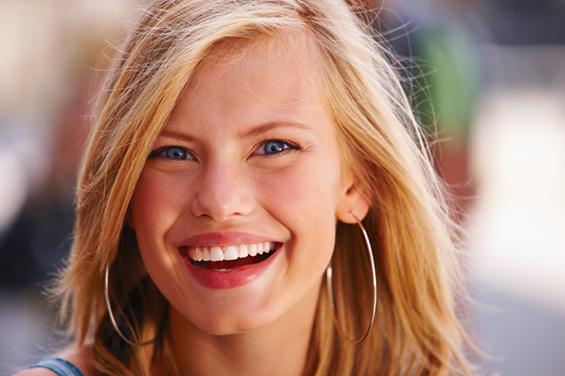 Како да имате природна насмевка на фотографиите?