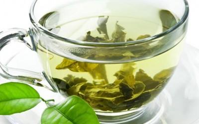 5 здравствени придобивки од зелениот чај