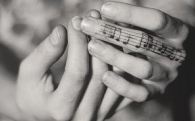 Музички тетоважи за вљубениците во музиката