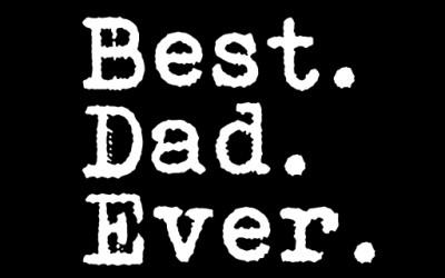 Татко и одржува лекција на својата ќерка на многу смешен начин