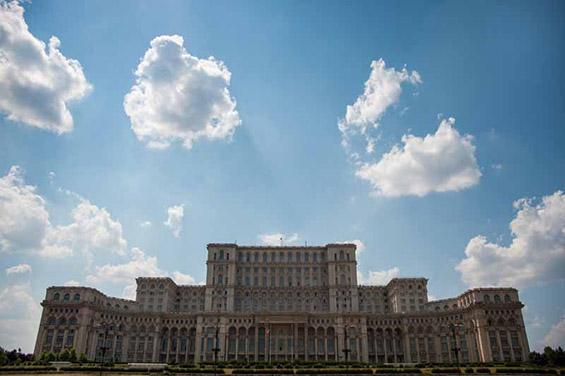 Најневеројатни непознати зданија во светот