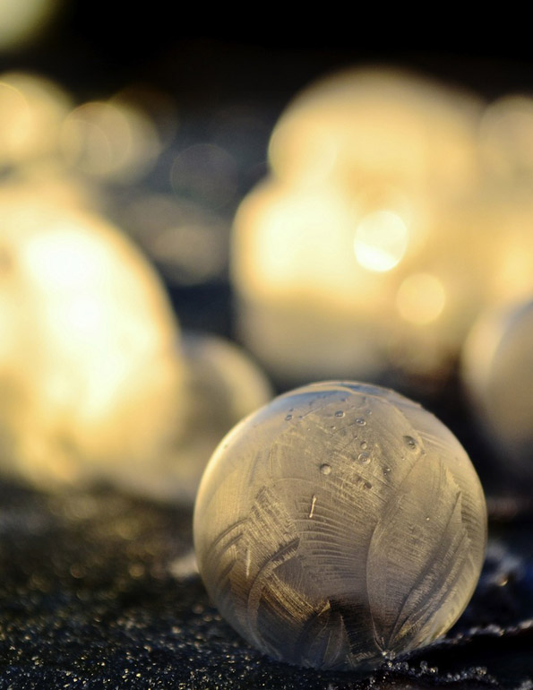 Неверојатни фотографии од замрзнати балончиња од сапуница