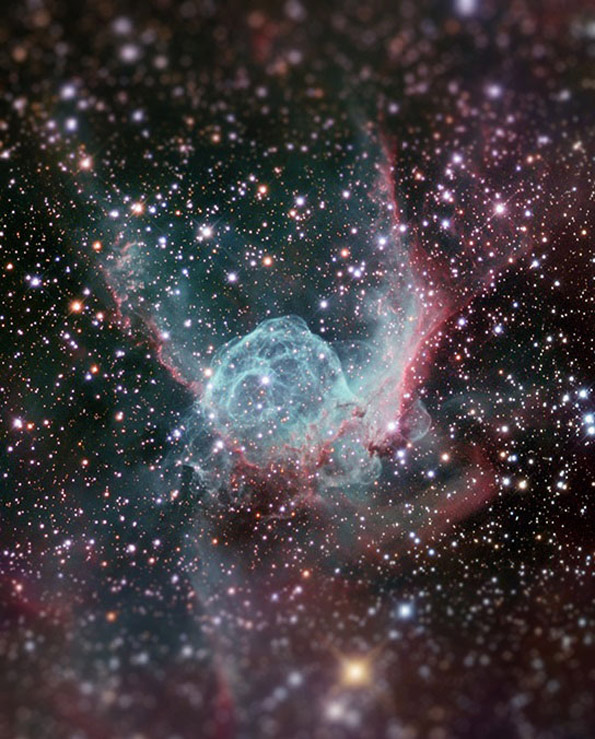 Бескрајноста на универзумот минијатуризирана во импресивни фотографии