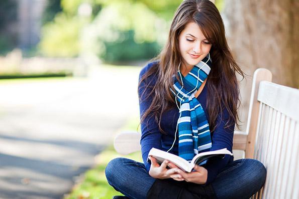 6 книги кои ќе ја зголемат вашата самодоверба и ќе го сменат вашиот видик кон светот