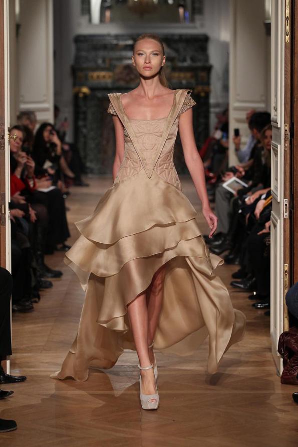 Прекрасна колекција на фустани од талентираниот дизајнер Тони Ворд