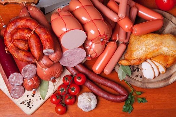 Што се случува ако често јадете виршли, колбаси и салами?