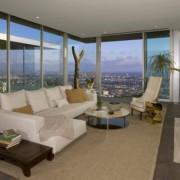 Архитектонско совршенство во Холивуд во сопственост на Авичи
