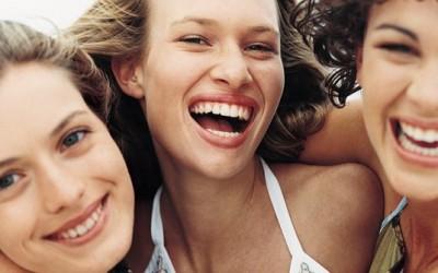 10 лекции кои ги учиме за пријателството во нашите 20-ти