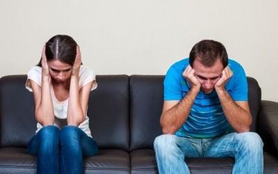 5 начини на кои не би требало да разговарате со вашиот партнер