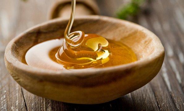 Неверојатни придобивки од медот за вашата убавина