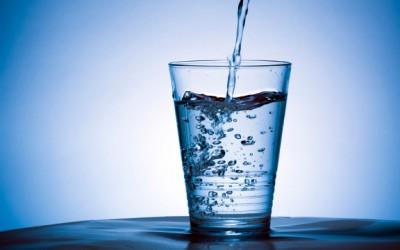 8 трикови со вода кои ќе ве остават без зборови