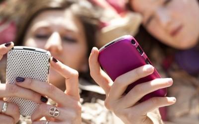 Како влијае интернетот врз младите умови?