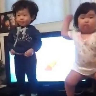 Ова буцкасто бебе ќе ви покаже како се танцува