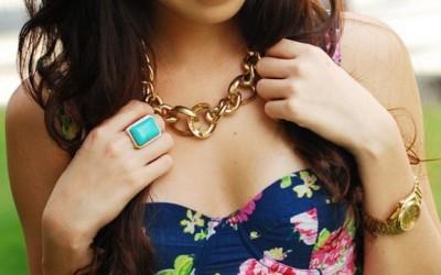 """5 """"жешки"""" парчиња накит кои мора да ги имате сезонава"""