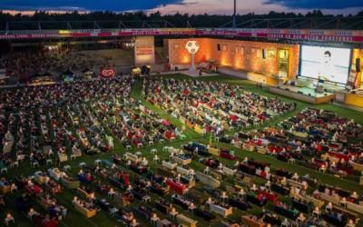 Стадионот во Берлин кој е претворен во огромна дневна соба за светското првенство