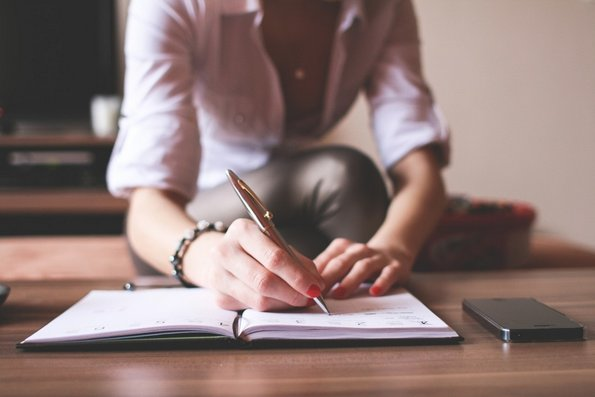 15 работи кои секоја девојка треба да ги направи во своите 20-ти