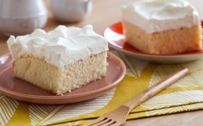 Совршен десерт за љубителите на млекото: Трилече (Tres Leches)