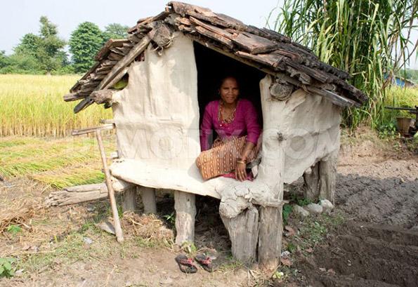 Жена со менструација, Непал