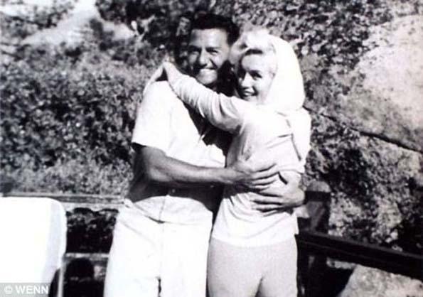 Мерлин Монро ги посетила Френк Синатра и Бади Греко, викендот пред нејзината смрт на 5 август 1962 година.