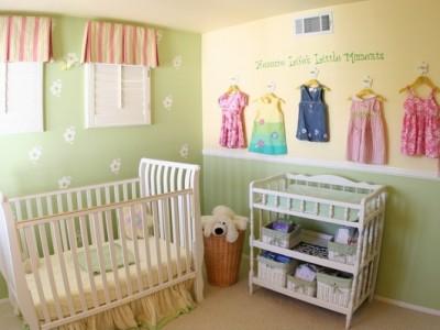 Бебешка соба уредена како мала и слатка колиба
