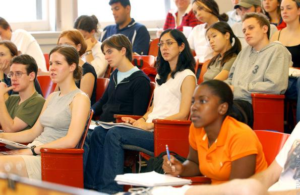 6 земји каде што можете да студирате на англиски бесплатно или со мала партиципација