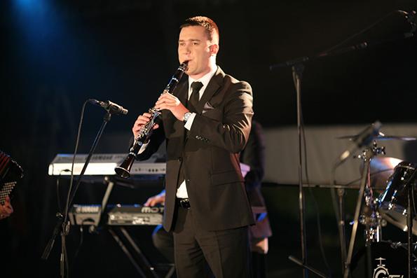 3-najubavite-makedonski-pesni-poddrzhani-od-vrvnite-majstori-na-starite-instrumenti-na-noviot-album-na-grupata-drim-tim-kafepauza.mk