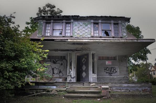 Куќата Кливленд е дом на серискиот убиец Мајл Медисон во која ги мачел и убивал своите жртви