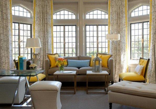 Модерно дизајнирани дневни соби во сиво и жолто