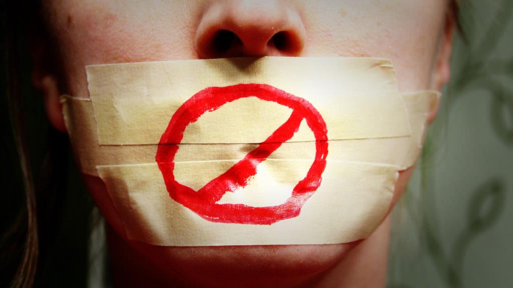 6 забранети мисли кои им поминуваат низ глава на родителите
