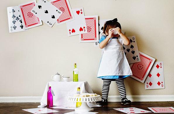 Талентиран татко го остварува сонот на две слатки девојчиња да бидат мали принцезички