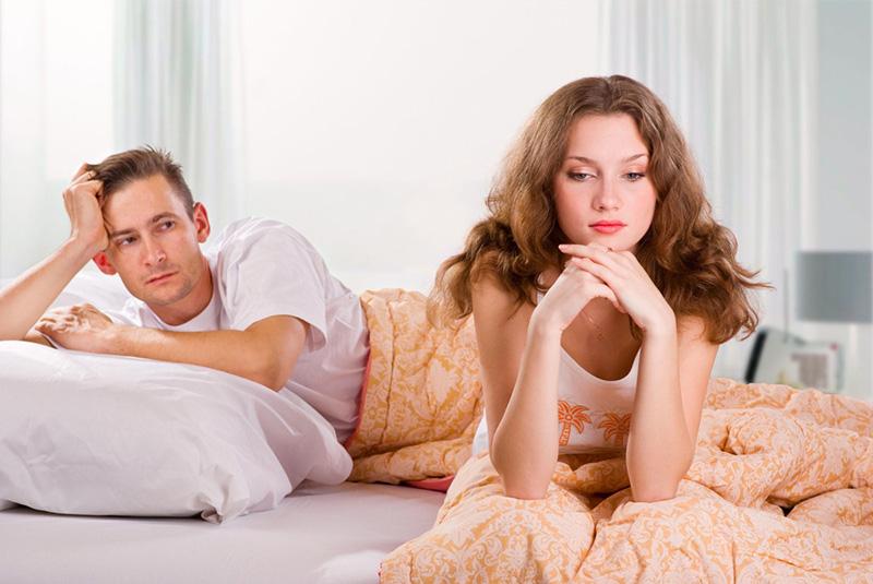 Како да се справите со љубоморниот дечко?
