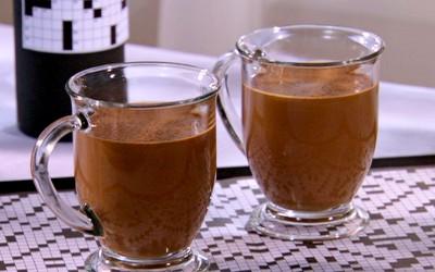 Топло какао со ѓумбир и портокал
