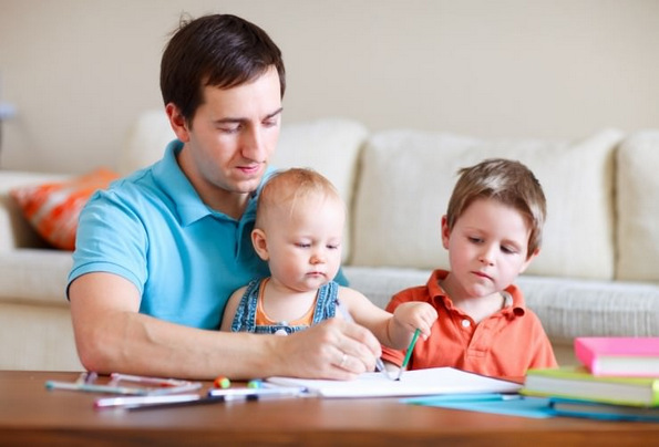 9 работи кои ги прави одговорниот татко