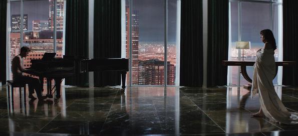 Филм: 50 нијанси сиво (50 Shades of Grey)