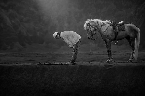 6-18-te-finalisti-od-Svetskite-Fotografski-Nagradi-so-fotografii-koi-kje-ve-naezhat-kafepauza.mk