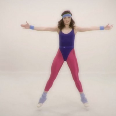 Последните 100 години од женскиот фитнес сместени во видео од 100 секунди