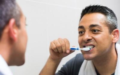 6 грешки кои ги правите при миењето на забите