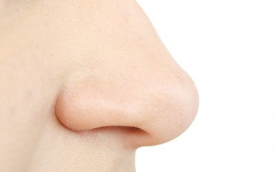 Зошто треба да престанете да го чепкате носот?